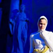 """Kadras iš Gyčio Ivanausko teatro šokio spektaklio """"Atgyjantys kūnai"""""""